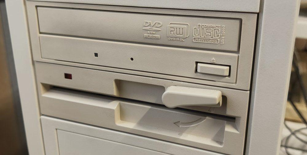 PC98用の5インチFDDをDOS/Vで読み書きできるようにする